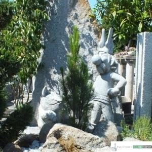 kleine Granit Figur