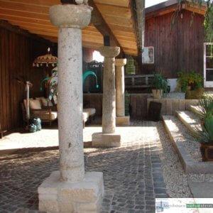 antike Granitsäulen für Vordach