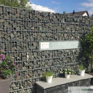 Gabionen Sichtschutz, weite Maschen, Füllmaterial Basalt
