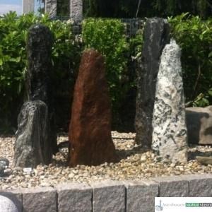 Obelisken in verschiedenen Farben