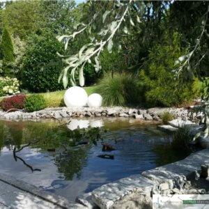 Teichanlage mit Wasserspiel