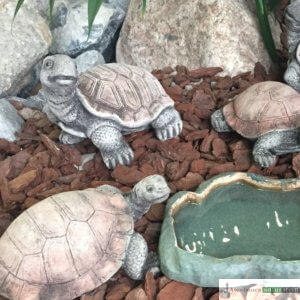 Englischer Antiksteinguss: 011. Extra small Look up Tortoise, h 14 cm