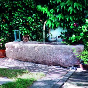 Antiker Granit Grander mit Messing-Schwanenhals