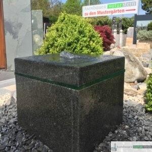 Basalt Quellwürfel