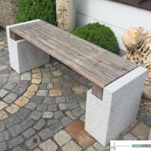 Granitfüße, Sitzfläche mit Holz, 135x40xh50cm