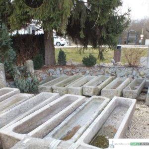 antike Granit- Pflanztröge groß/  Boan, jeder Trog ein Einzelstück