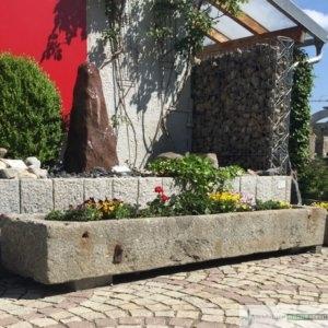 antiker Granit- Pflanztrog groß/ Boan, jeder Trog ein Einzelstück