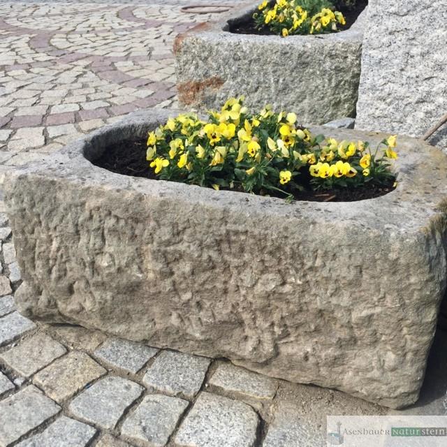 Antike Granit Pflanztröge Asenbauer Naturstein